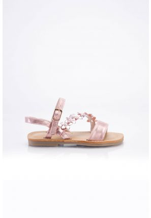 Open toe sandals with glittery flowers decorated on cross strap with buckle closer.