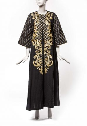 Embroidered Round Neck Jalabia